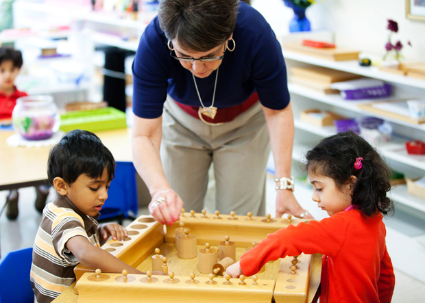 Crabapple Montessori School Programs